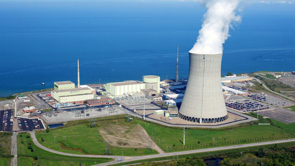 Figura 3 – Central nuclear [Imagem: www.pennenergy.com].
